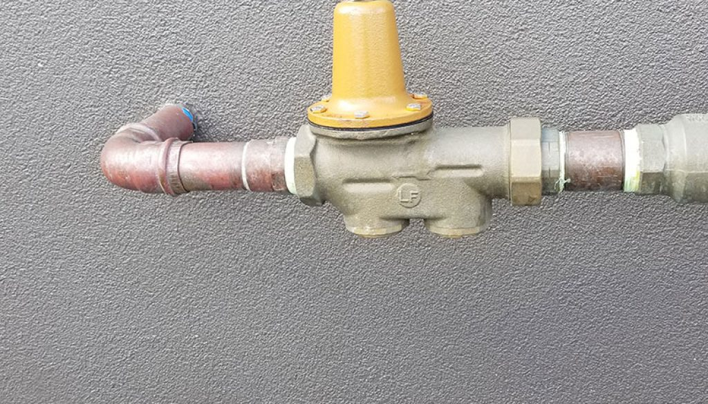 plumbing- pressure regulator